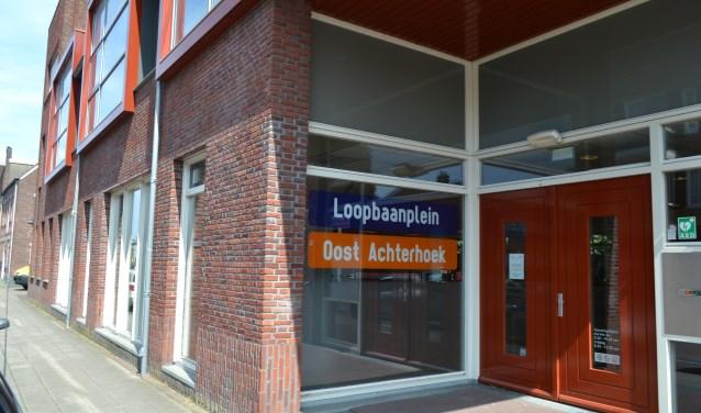 Cliënten van de SDOA bezoeken het Loopbaanplein in Winterswijk om geholpen te worden met een bijstand en re-integratie op de arbeidsmarkt.Foto: Leander Grooten