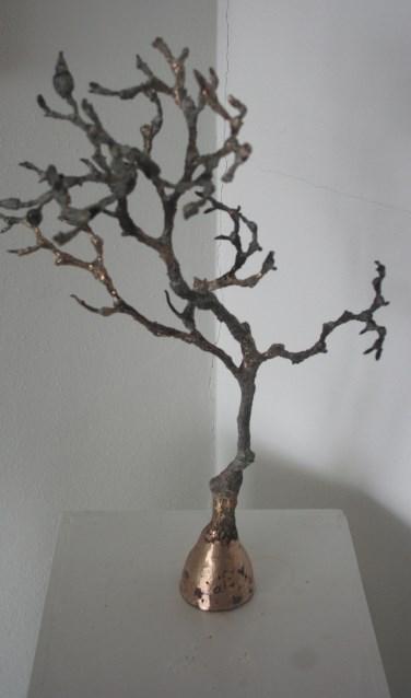 Een bronzen beeld van Ria Wiendels. Foto: PR