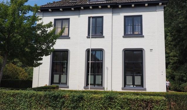 De woning waar Jan Thate in de periode 1935-1969 zijn huisartsenpraktijk had. Foto: GinoPress B.V.