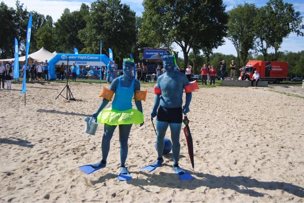 Het blauw van de campagne was alom aanwezig. Foto: StadDoetinchem.nl  © Achterhoek Nieuws b.v.
