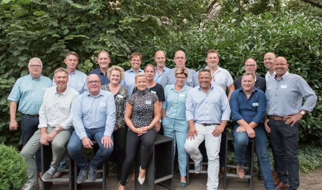 Het bestuur en een groot deel van de leden van de Businessclub van voetbalvereniging Ruurlo. Foto: PR