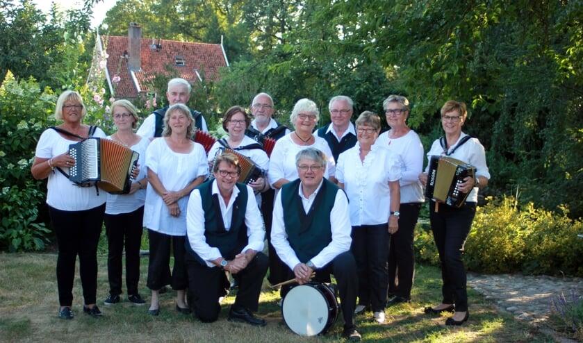 Harmonicaclub Corle. Foto: Tonnie Krabben