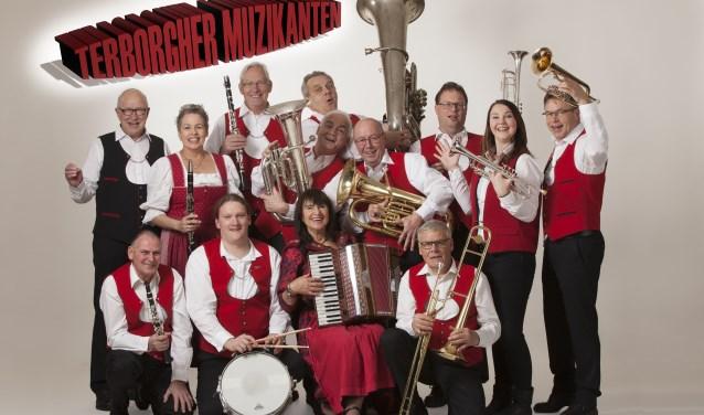 De Terborgher Muzikanten luiden nieuwe jaar in. Foto: Ilse Bekker