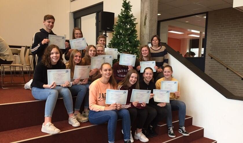 De leerlingen met hun DELF-diploma. Foto: PR Marianum