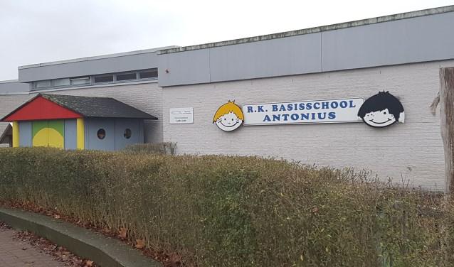Ook de Antoniusschool Lievelde blijft voorlopig gewoon open. Foto: Kyra Broshuis