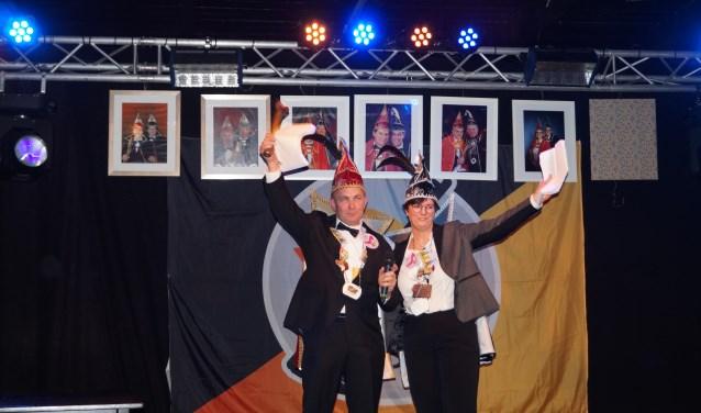 Prins Ronald en adjudante Yvonne Bomers zijn de nieuwe hoogheden bij de Noamatters. Foto: PR