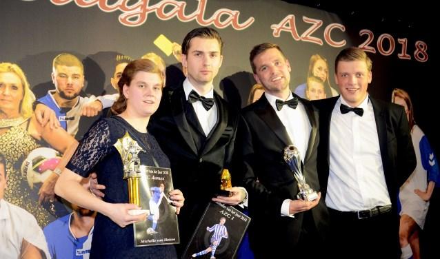 AZC Voetballers en talent van het jaar (v.l.n.r.): Michelle van Huizen, Lars van Roon, Jorg Heemskerk en Luc Wassink. Foto: Freddy Burgers