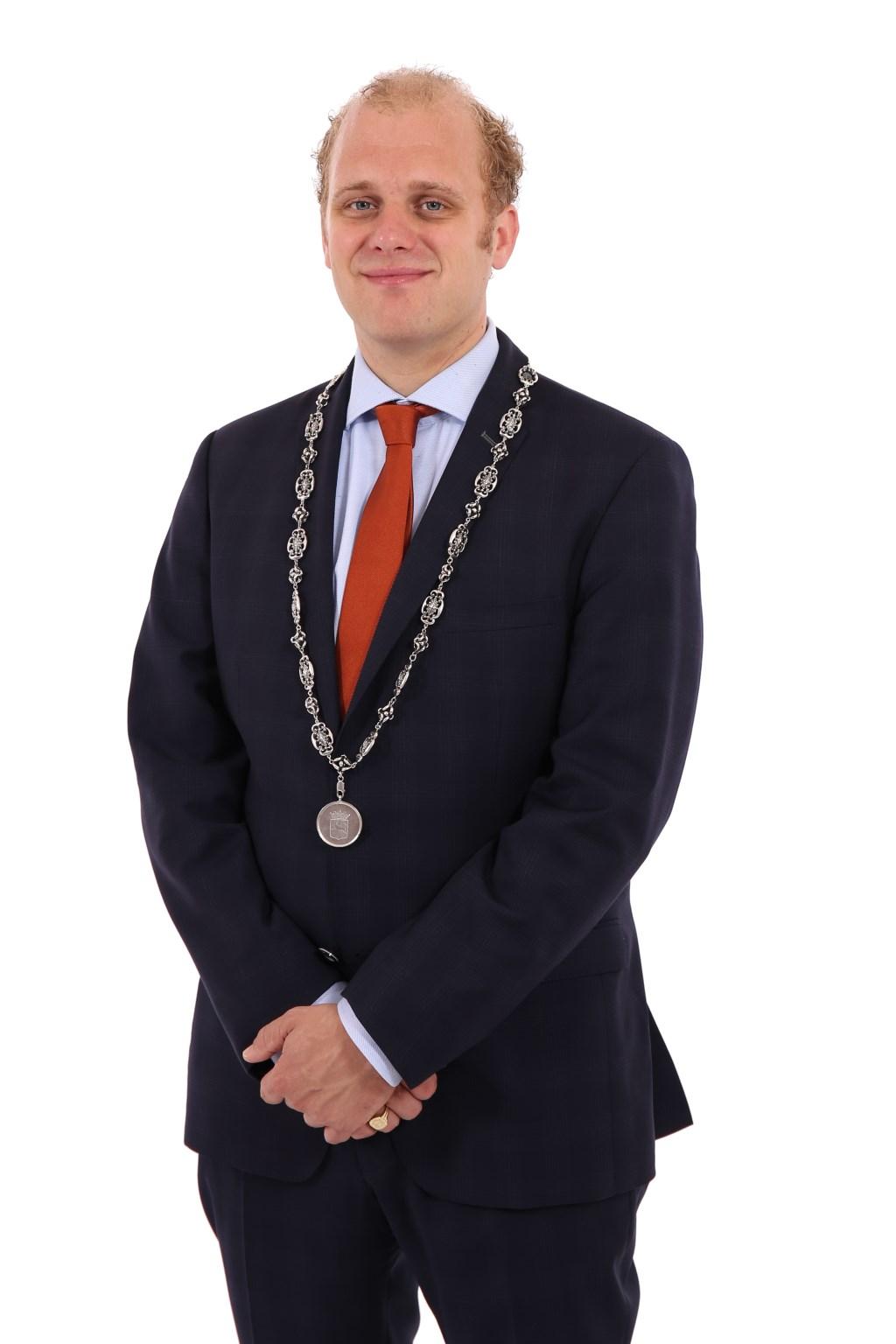 Burgemeester Joris Bengevoord 'Beste Bestuurder kleine gemeente 2018'. Foto: PR gemeente Winterswijk