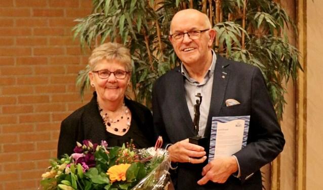 Jubilaris Henk Heideman en zijn vrouw Gerda. Foto: PR