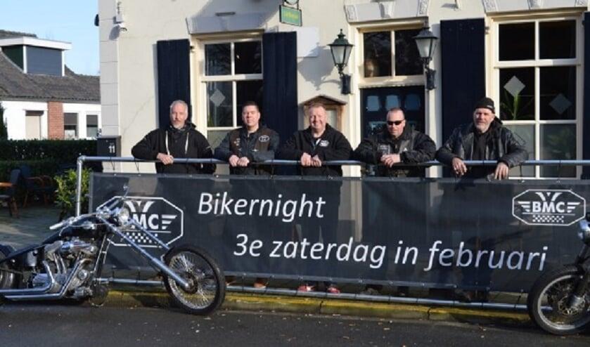 Het bestuur van BMC Bredevoort. Foto: Mariëlle Soyer