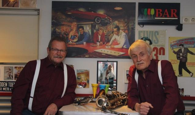 Tonnie Weikamp (links) en Bennie Holkenborg. Foto: PR