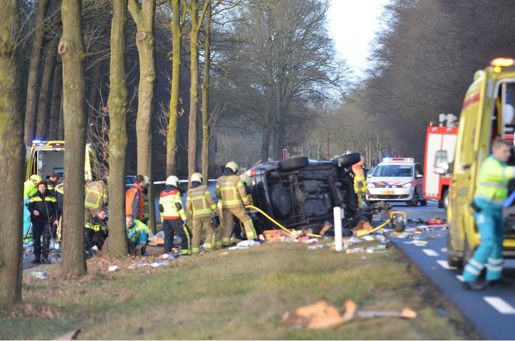 Ernstig ongeval op N346 bij Warnsveld. Foto: GinoPress B.V.