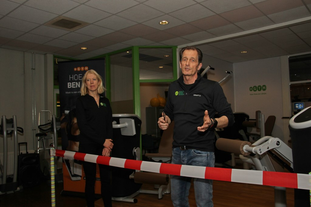 Jaap Hesselink houdt een toespraak over 35 jaar Indoor Sport Vorden. Foto: Liesbeth Spaansen  © Achterhoek Nieuws b.v.