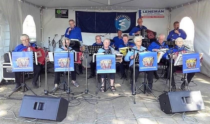 De Doetinchemse Harmonica Club. Foto: PR