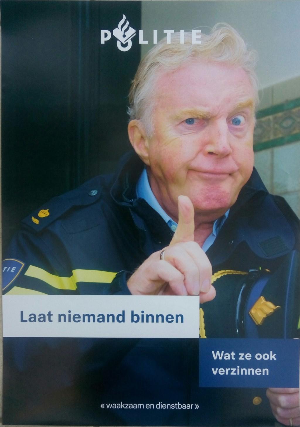 Poster als voorlichting van politie over babbeltrucs. Foto: PR  © Achterhoek Nieuws b.v.