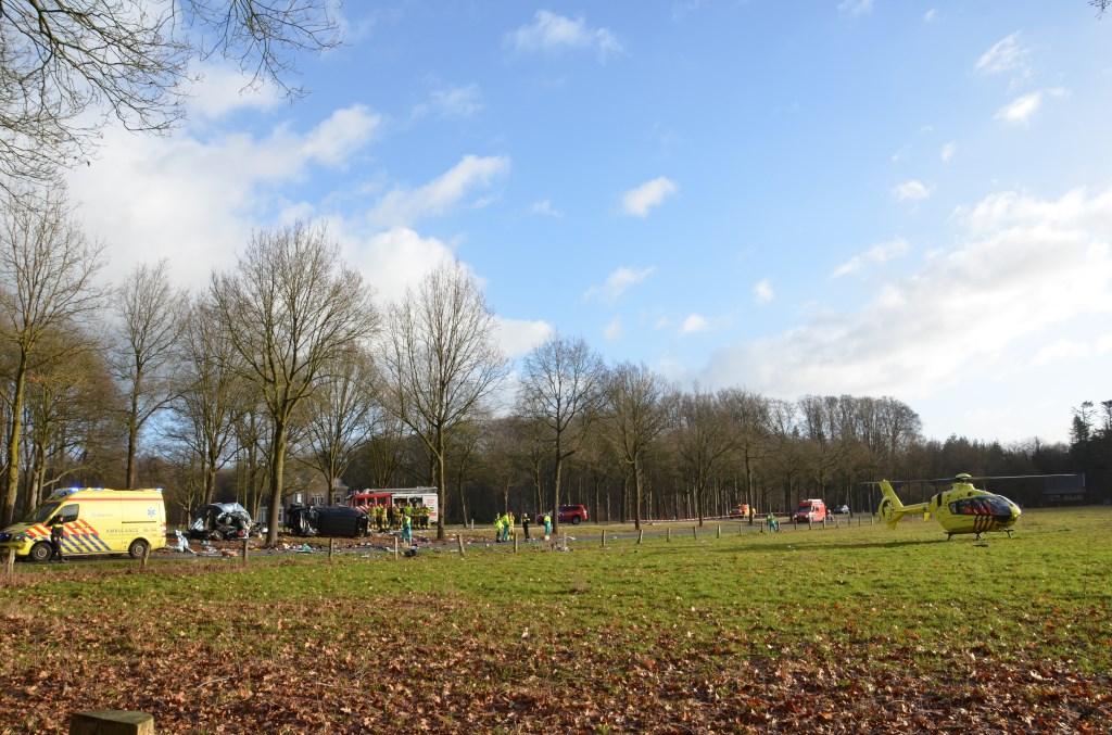 Ernstig ongeval op N346 bij Warnsveld. Foto: GinoPress B.V.  © Achterhoek Nieuws b.v.