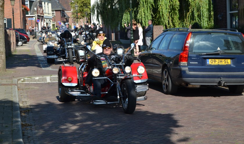 BMC hield vorig jaar een toertocht met  ouderen als passagier; dat is een voorbeeld van een activiteit die het GGDF zou kunnen steunen, Foto: Archief Achterhoek Nieuws - Karin Stronks
