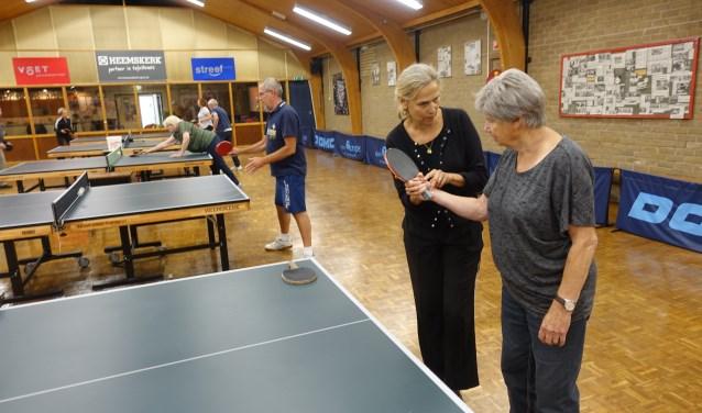 Bettine Vriesekoop tijdens een les. Foto: PR