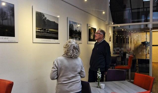 De fraaie foto's in De Huve. Foto: PR