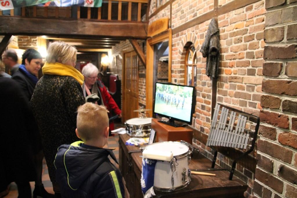 Al bij binnenkomst is er een leuke presentatie te zien van de Schanskloppers. Foto: Annekée Cuppers  © Achterhoek Nieuws b.v.