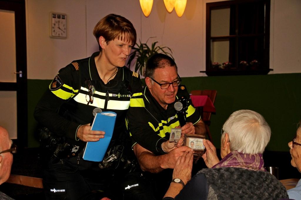 Informatiemiddag over babbeltrucs voor ouderen in de voormalige gemeente Steenderen. Foto: Liesbeth Spaansen  © Achterhoek Nieuws b.v.