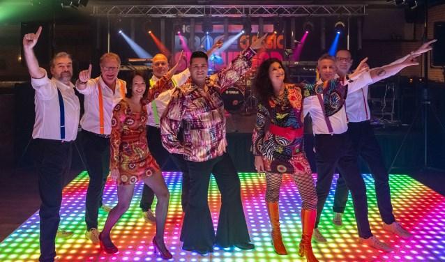 Dance Classic Show Band. Foto: Peter van Amersfoort