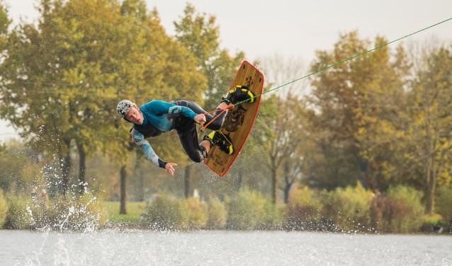 Een zomerproeverij, de Zeddamse kunstroute en een waterski-demonstratie, een aantal evenementen waaraan de MVT medewerking verleent. Archieffoto: Burry van den Brink