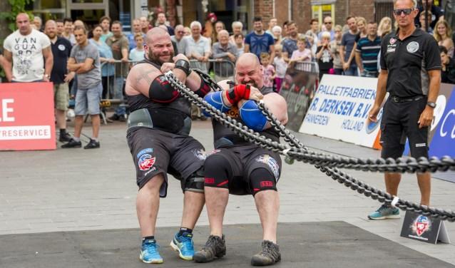 Op zaterdag 15 juni strijden de sterkste mannen van de wereld op het DRU-industrieterrein in Ulft in de Strongman Champions League. Foto: Simon Schutter Fotografie