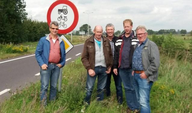 Rene Derksen, Jan Kruis, Tonnie Driessen, Dik-Jaap Wentink, Willie Menting; Harrie Mom ontbreekt. Foto: PR