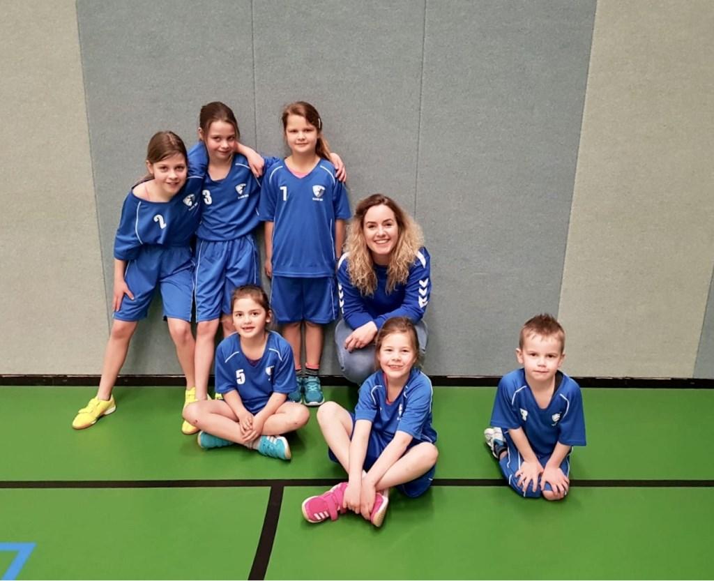 De F-jeugd speelde het eerste toernooi. Foto: PR  © Achterhoek Nieuws b.v.