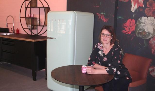 Susanne Schreurs in het nieuwe onderkomen van  Senzo Living. Foto: Verona Westera