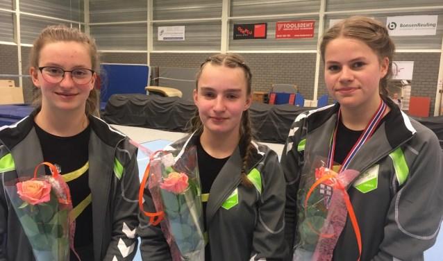 De drie succesvolle turnsters. Foto: Louise Smilda