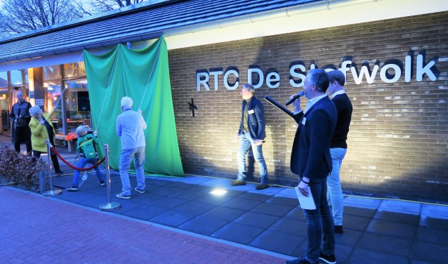 De officiële opening van het nieuwe clubhuis van RTC De Stofwolk. Foto: Theo Huijskes