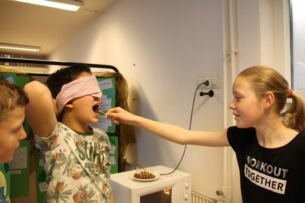 Test het zelf; is het vlees of vega? Foto: Annekée Cuppers  © Achterhoek Nieuws b.v.