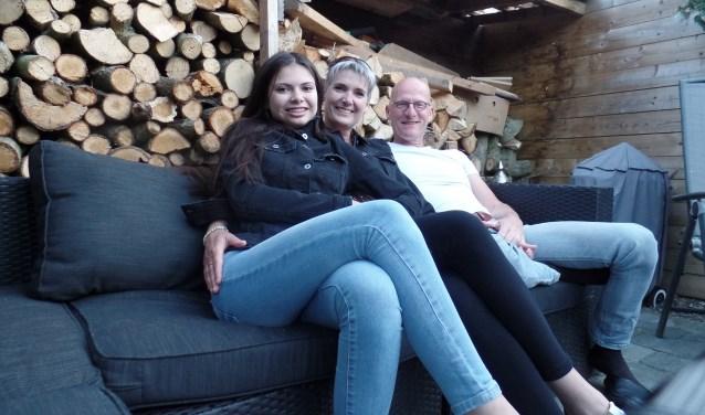 Jan en Saskia met dochter Noëlle (l). Foto: Mirjam van Biemen