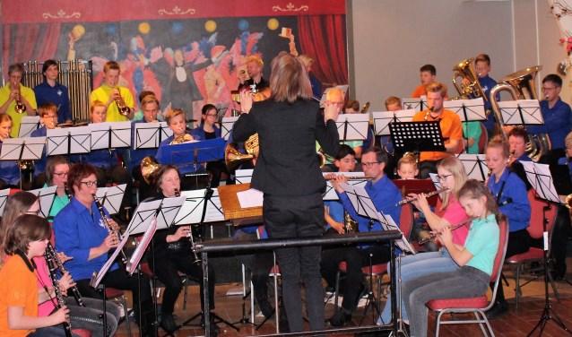 De beide orkesten samen in actie. Foto: PR