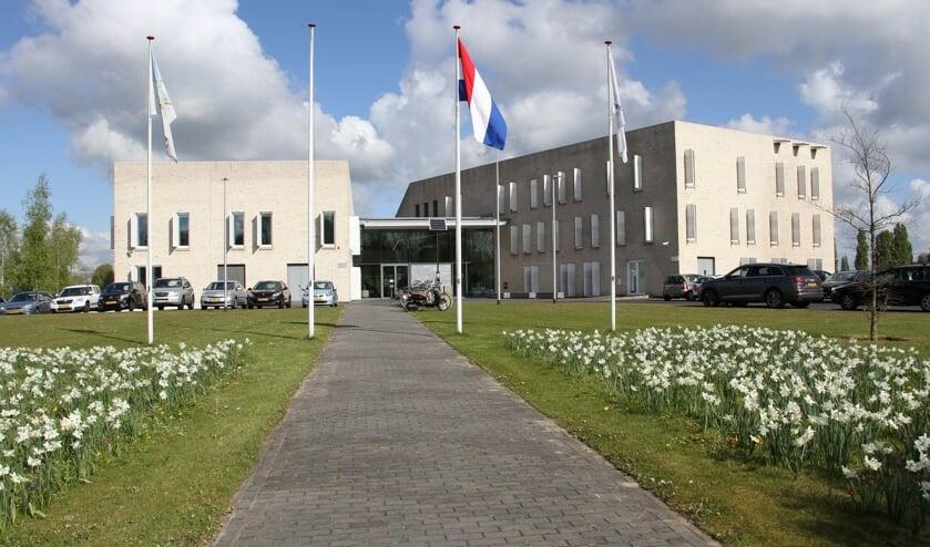 In het gemeentehuis van Bronckhorst in Hengelo Gld. komen onderscheiden inwoners bijeen. Foto: Liesbeth Spaansen