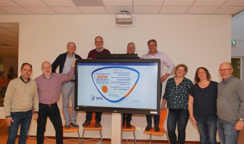Het bestuur van DIOS. Foto: Frank Vinkenvleugel