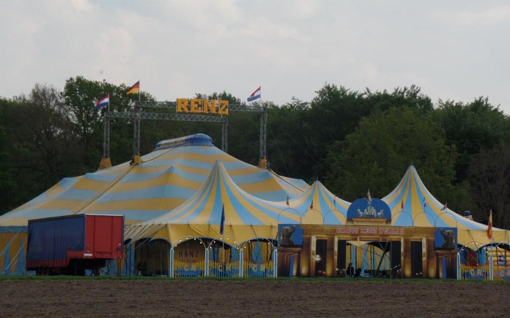 Er volgen deze week aan de Horsterkamp nog vier voorstellingen van Circus Renz Berlin. Foto: Jan Hendriksen.   © Achterhoek Nieuws b.v.