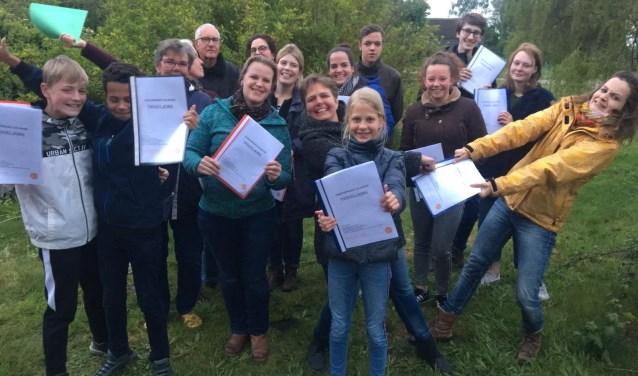 De spelers van Theaterproject De Hoven zijn enthousiast over het script voor Tiggeljong. Foto: PR