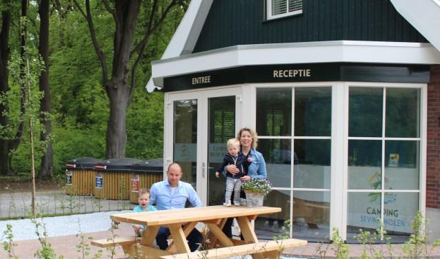 De familie Helder bij de receptie. Foto: PR