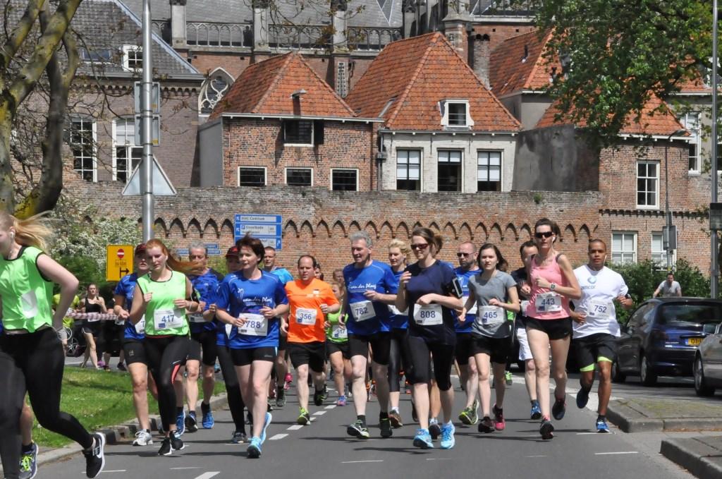 De naam van de Hanzeloop wordt in 2012 gewijzigd in Running Center City Hanzeloop Zutphen..Foto: PR  © Achterhoek Nieuws b.v.