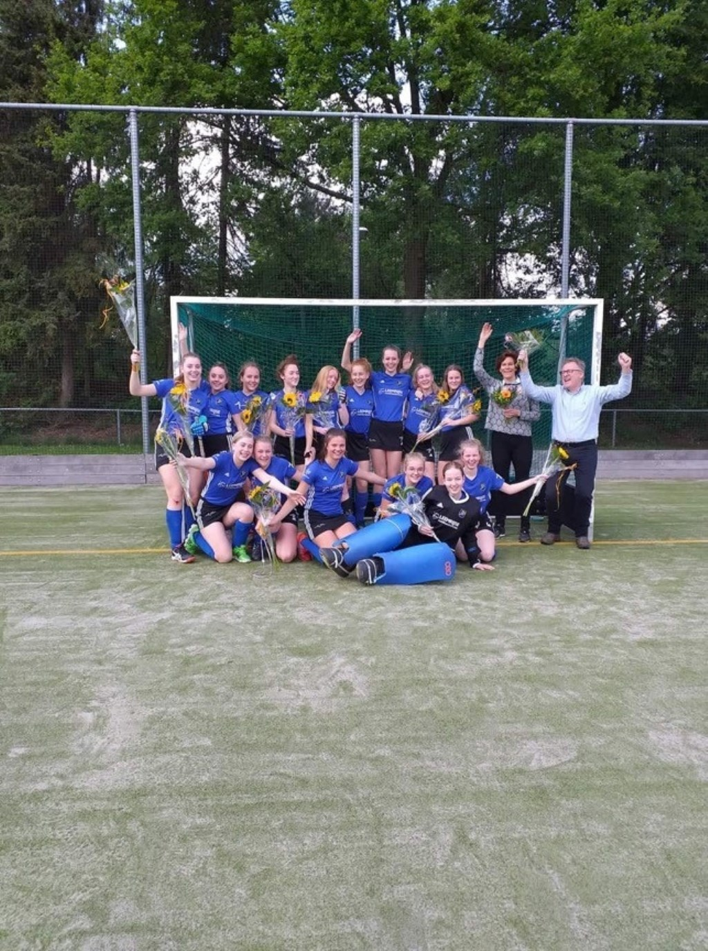 Meiden B1 kampioen. Foto: PR Avani  © Achterhoek Nieuws b.v.