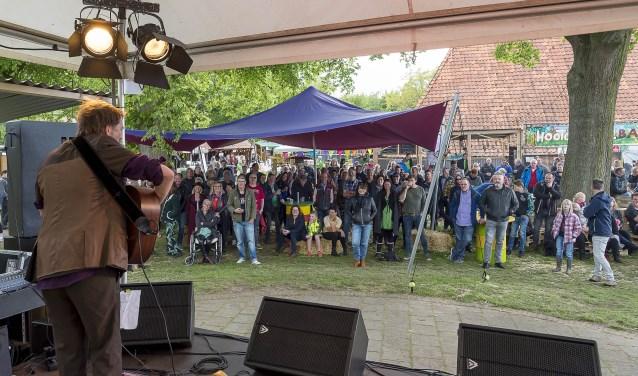 Het Hootchie koe Festival met een optreden van André Manuel. Foto: Henk van Raaij
