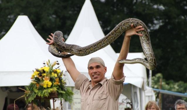 Er is ook een show met slangen en een krokodil. Foto: PR