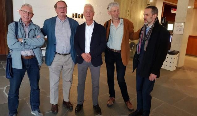 Vlnr. Martin Derks, Jaap Cannegieter, Rob Bongers, Johan Vollenbroek en Valentijn Wösten. De twee laatstgenoemden hebben de stichting vertegenwoordigd in de rechtszaal. Foto: Wilma van der Donk