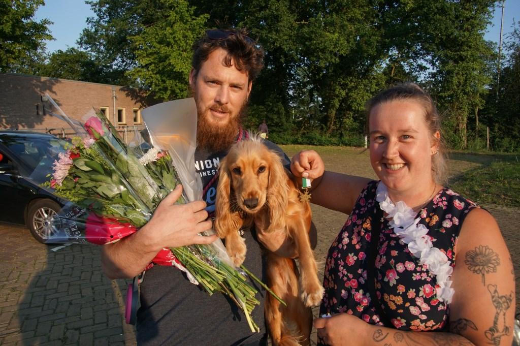 Ruben, Elsa en Twinkel waren blij met hun medaille. Foto: Frank Vinkenvleugel
