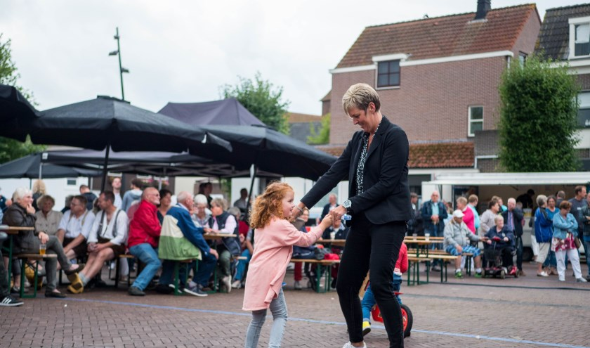 Live muziek en dans op de Weerkomm'n Dage.  Foto: PR