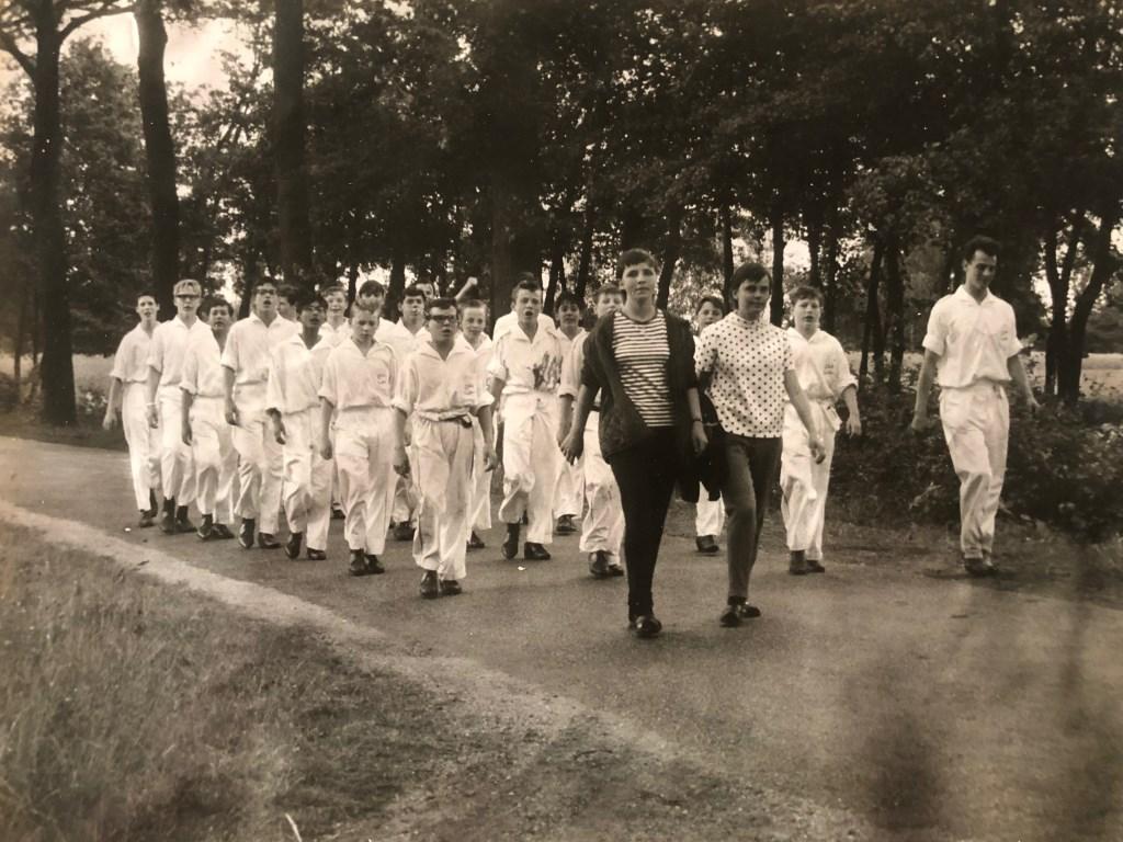 De Globetrotters uit Harreveld in 1965. Foto: archief Stg A4D