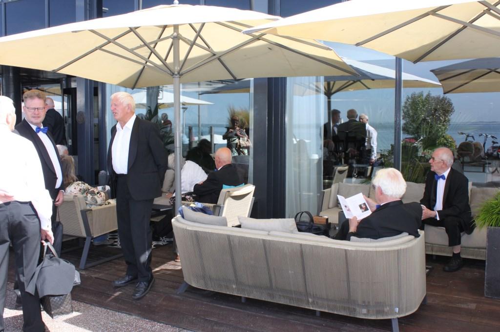 Wachten op vertrek naar Middelburg. Foto: PR  © Achterhoek Nieuws b.v.